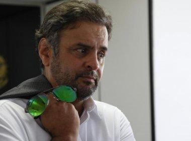 Aécio depõe à PF em inquérito que apura maquiagem de dados da CPI dos Correios