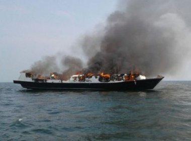 Incêndio em navio deixa ao menos 23 mortos e dezenas de feridos na Indonésia