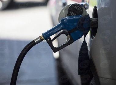 Petrobras aumenta preço de diesel em 6,1%; repasse final é estimado em R$ 0,12