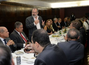 Isidório desiste de candidatura à presidência da AL-BA e Nilo chega a 32 votos