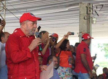 Lula aponta criminalização com PT e critica eventual venda da Petrobras