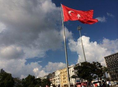Polícia turca prende dois chineses suspeitos de ataque em boate de Istambul