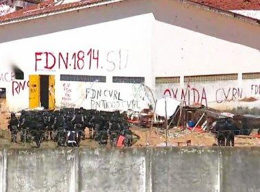Batalhão de Choque da PM entra em Alcaçuz para retirar e transferir presos