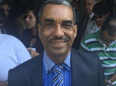 'Me sinto à vontade pra ocupar qualquer designação', ressalta Carlos Martins em posse