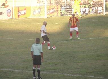 Kieza faz dois e Vitória estreia com triunfo no Campeonato Baiano 2017
