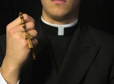 Igreja da Austrália teve 4.400 denúncias de pedofilia, mas nunca foi investigada