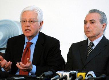 Senadores protocolam pedido para que PGR investigue Temer e Moreira Franco