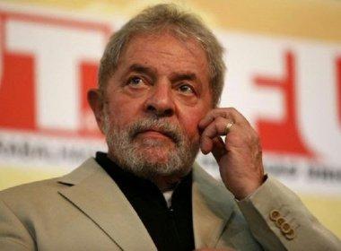Contrato do tríplex de Lula foi rasurado para esconder intenção de compra, diz revista