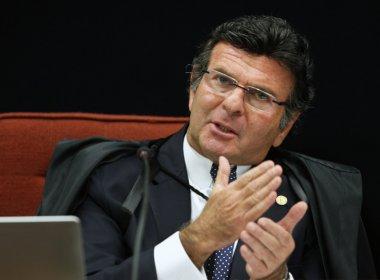 Após acordo com Maia, Fux extingue processo no STF sobre pacote anticorrupção