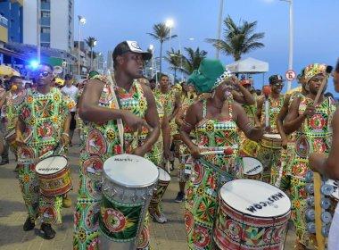 Bloco afro Malê Debalê desfila pela primeira vez no Fuzuê
