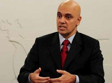 Em documento enviado ao Senado, Moraes omite ações da esposa advogada no STF