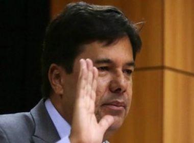 Ministro da Educação comete erro de português em entrevista: 'Haverão mudanças'