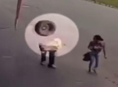 Homem sobrevive após ser atingido por roda de carreta em Minas Gerais; assista