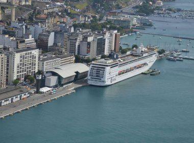 Salvador recebe quase dois mil turistas nesta sexta