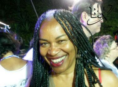 Presente no 'Mascarados', Olívia Santana protesta contra intolerância: 'Bloco para todos'