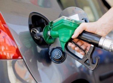 Petrobras anuncia nova redução de preços da gasolina e diesel