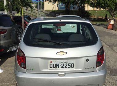 Polícia Civil recupera na Avenida Suburbana carro roubado dois dias atrás