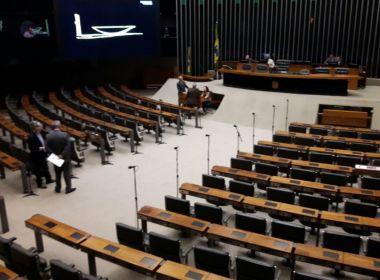 Apenas cinco deputados aparecem e sessão na Câmara após Carnaval é cancelada