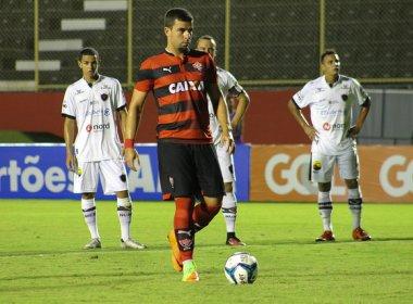 Vitória perde dois pênaltis, mas vence Botafogo-PB no Barradão