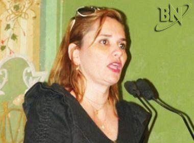 Justiça determina que Kátia Carmelo cumpra pena de um ano e quatro meses de prisão