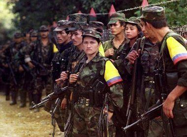 Líder das FARC se entrega ao exército colombiano