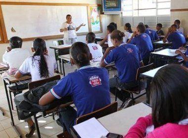 Professores e coordenadores estaduais são promovidos por titulação acadêmica