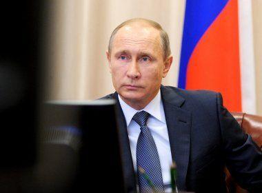 Putin diz que governo considera 'todas as possíveis causas' para explosão em metrô