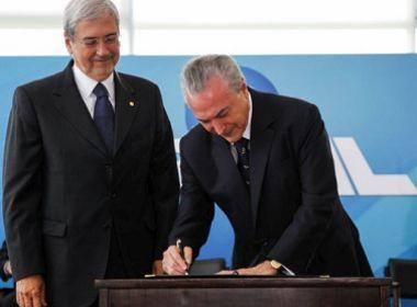 Temer vai exonerar ministros com mandato na Câmara para votação da Previdência