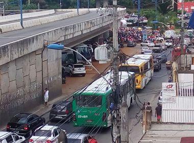 Manifestação na ACM complica trânsito em diversas áreas; via já foi liberada