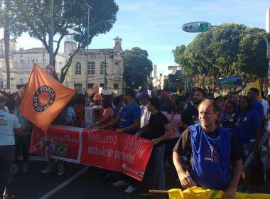 Manifestantes iniciam ato contra reformas trabalhista e previdenciária no Campo Grande