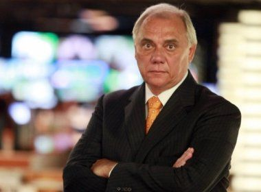 Apresentador Marcelo Rezende é internado em São Paulo