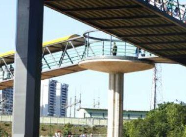 Trechos da Avenida Paralela são interditados para obras em passarela e de macrodrenagem