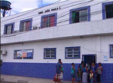 Pais reclamam de falta de farda na rede municipal; entrega é prevista para 2º semestre