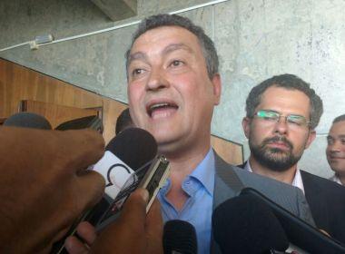 Rui anuncia projeto para inserir salas de cinema dentro de escolas no interior da Bahia