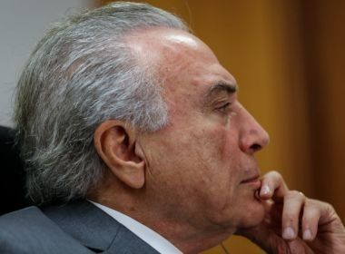Deputados do PSDB protocolam pedido de impeachment contra Michel Temer