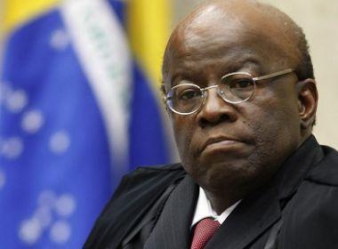 Ex-presidente do STF, Joaquim Barbosa pede renúncia de Temer