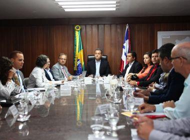 Rui se reúne com prefeitos para tratar de policlínicas regionais
