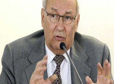 Após pedido de impeachment de Temer, Ives Gandra renuncia cargo em comissão da OAB