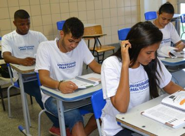 Secretaria da Educação oferece 16,4 mil vagas no curso Universidade para Todos