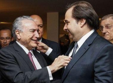 Para garantir apoio do PMDB, Maia avisa a aliados que não vai abandonar Temer