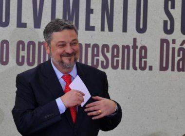 Palocci negocia cumprir pena em um ano de prisão domiciliar para delatar banqueiros