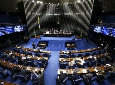 Senado aprova fim do foro privilegiado para políticos; texto segue para a Câmara