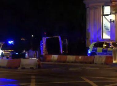 Polícia de Londres identifica dois dos três responsáveis por ataque terrorista