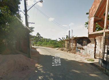 Homem é morto a tiros dentro de carro em Cajazeiras XI