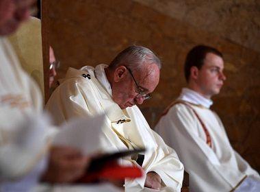 Vaticano investiga grupo católico brasileiro por suspeita de pacto com Satã para matar o papa