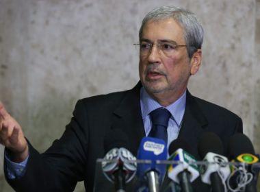 Imbassahy afirma que Temer tem 240 votos para barrar denúncia de Janot na Câmara