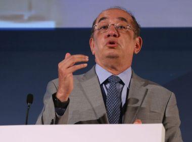 Gilmar Mendes diz que não se sente impedido por ser relator de inquérito sobre Aécio Neves