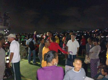 Ferry-boat Agenor Gordilho fica à deriva na Baía de Todos os Santos nesta segunda