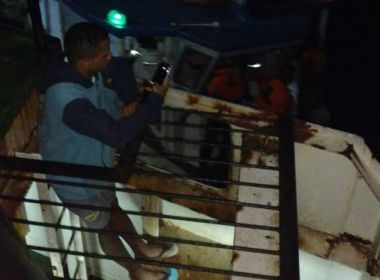 À deriva, Ferry Boat Agenor Gordilho apresentou falha em motor
