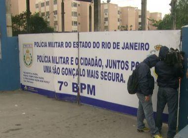 PMs do Rio de Janeiro 'assaltaram' boca de fumo e venderam entorpecentes a usuários